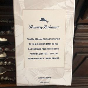 Tommy Bahama Dining - Tommy Bahama Palm Tree Bottle Stopper
